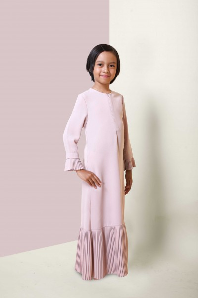 KHALILAH PREMIUM PLEATED KIDS JUBAH -  DUSTY PINK