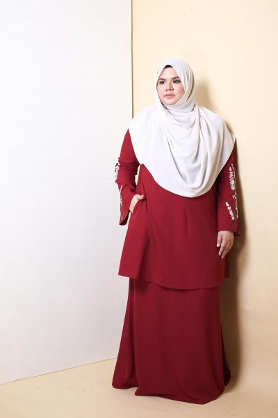 AS-IS HANIS PREMIUM EMBROIDERED KURUNG - MAROON